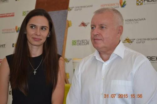 Директор ДП НИИСМИ Дюжилова Наталья и Вице-президент ПБГ Ковальська Суруп В.Ю.